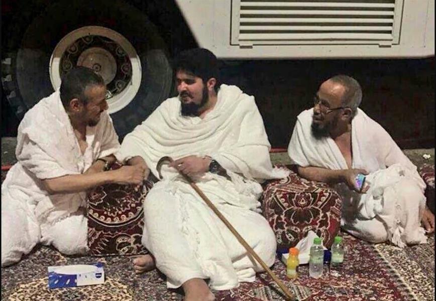 شاهد الأمير عبدالعزيز بن فهد مع الشيخين عبدالله المطلق وسعد البريك
