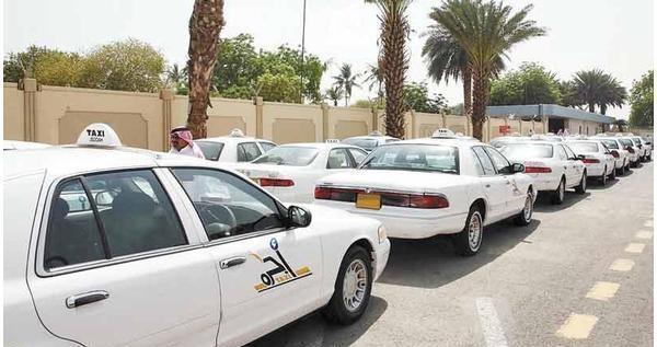 """""""النقل"""" تلزم ملاك الأجرة بنقل المسافرين مجاناً في هذه الحالة"""