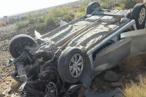 طبيبة وممرضة تنقذان حياة 3 شبان انقلبت سيارتهم وتوفي رابعهم