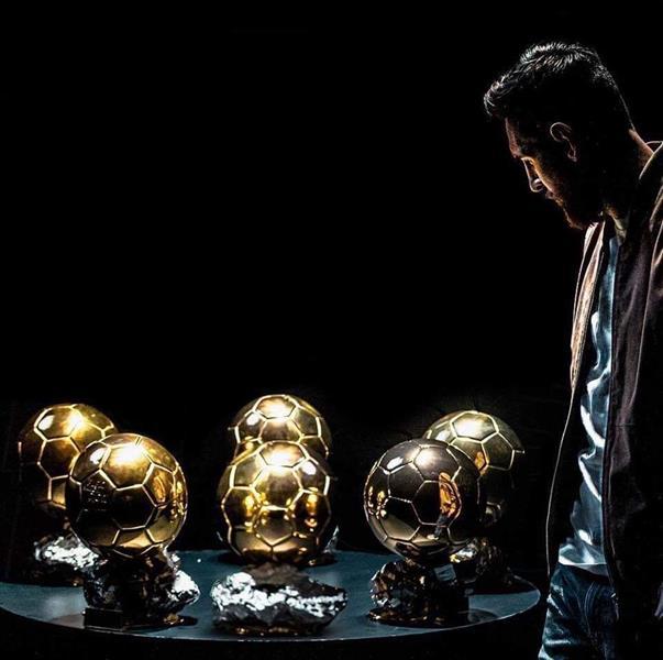 ميسي يفوز بجائزة الكرة الذهبية لعام 2019