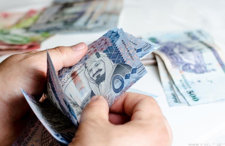 """""""العقاري"""" يودع أكثر من مليار ريال في حسابات مستفيدي """"سكني"""" لشهر نوفمبر"""