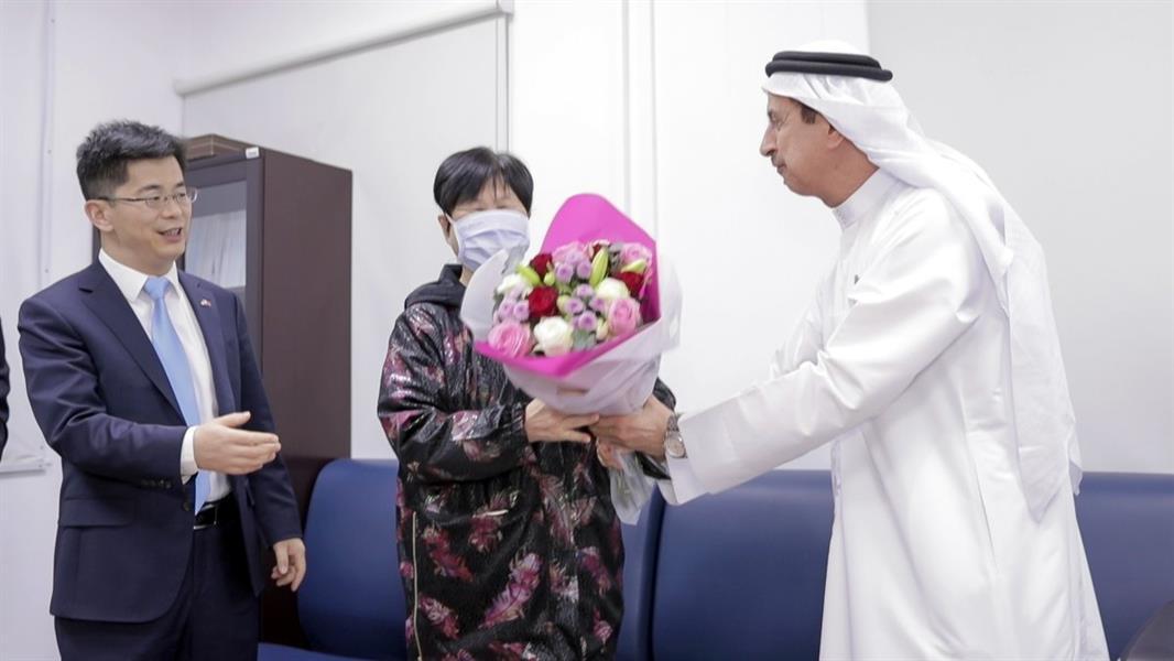الإمارات تعلن شفاء أول حالة أصيبت بـ