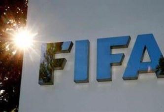 """""""فيفا"""" يوصي بتأجيل المباريات الدولية المقررة في مارس وأبريل بسبب """"كورونا"""""""