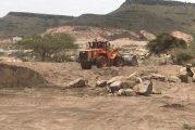 إزالة تعديات واستعادة أراض حكومية بآلاف الأمتار بالمدينة وظهران الجنوب وتطبيق العقوبات على المخالفين