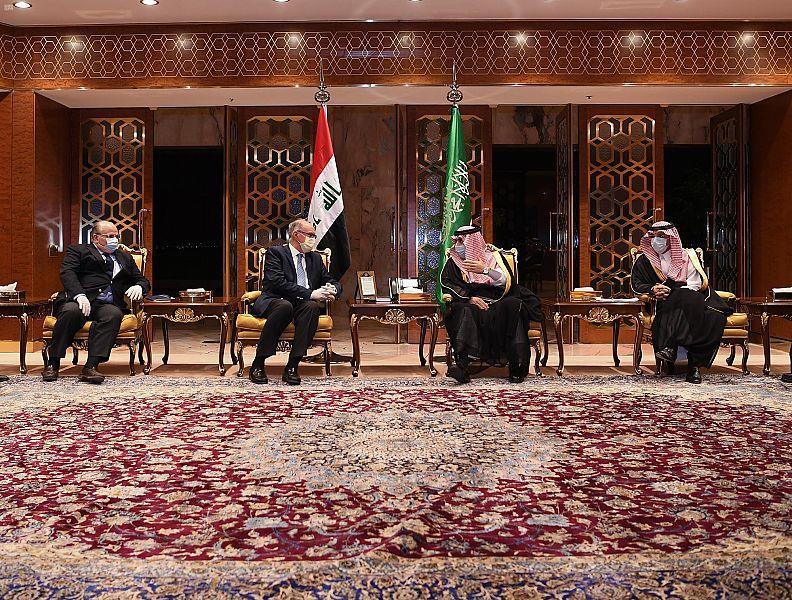 نائب رئيس مجلس الوزراء بالعراق يصل الرياض
