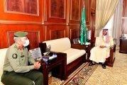 سمو نائب أمير حائل يستقبل مدير الجوازات بالمنطقة