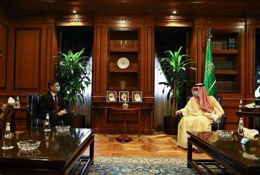 وزير الدولة للشؤون الخارجية يستقبل سفير سنغافورة لدى المملكة