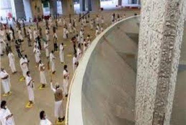 حجاج بيت الله الحرام يتمون رمي الجمرات الثلاث ويغادرون منى للمسجد الحرام لأداء طواف الوداع