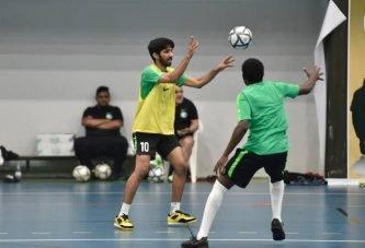 المنتخب السعودي لكرة قدم الصالات يواصل تدريباته في معسكر الدمام تحضيراً للآسيوية