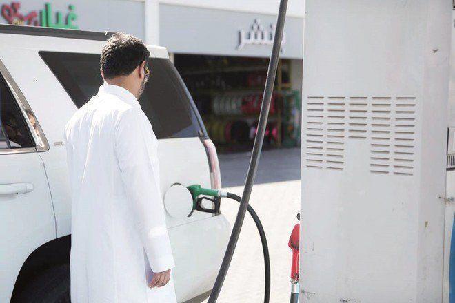 """""""مكافحة التستر"""": جميع مغاسل السيارات و""""البناشر"""" داخل المحطات ملزمة بتوفير وسائل الدفع الإلكتروني"""