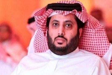 تركي آل الشيخ يُقاضي العشرات من المسيئين له في مصر