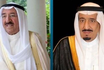 خادم الحرمين يهنئ أمير الكويت بعودته إلى بلده بعد استكماله الفحوصات الطبية