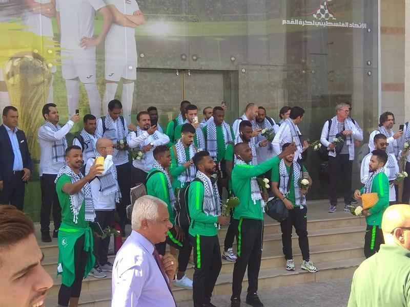 بعثة المنتخب السعودي تصل إلى فلسطين