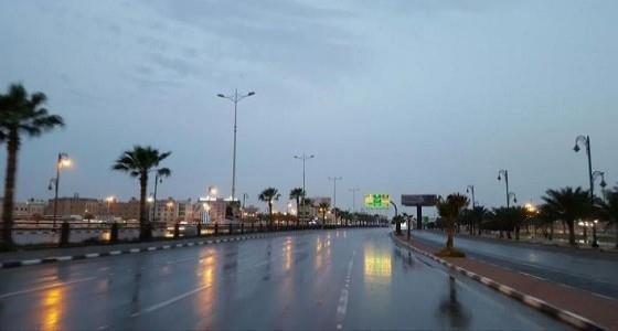 """""""الأرصاد"""" تتوقع حدوث تقلبات جوية غدًا على عدة مناطق بالمملكة و""""المدني"""" يُحذر"""