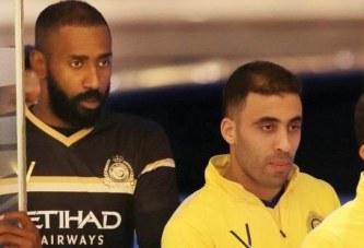 وليد عبدالله وحمدالله يعلقان بطرافة على قوة مجموعة النصر في بطولة آسيا