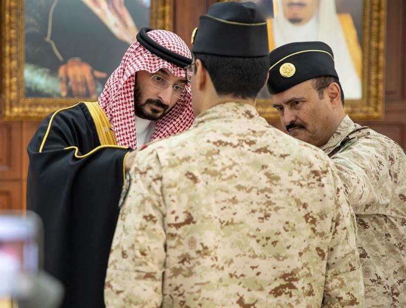 بأمر ملكي.. وسام الملك فيصل لعدد من منسوبي الحرس الوطني لمشاركتهم في عاصفة الحزم وإعادة الأمل