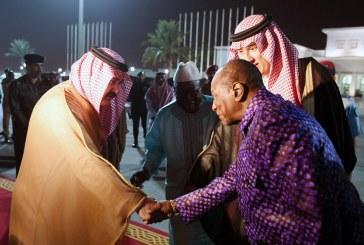 رئيس غينيا يصل جدة وفي مقدمة مستقبليه الأمير مشعل بن ماجد