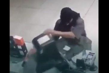 فيديو.. القبض على شخص تورط في سرقة صيدليات ومحلات تجارية وأجهزة صراف بالرياض والشرقية