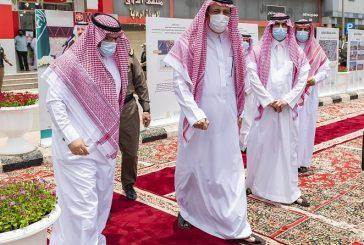 سمو الأمير حسام بن سعود يطلع على مراحل تطوير المنطقة المركزية لمدينة الباحة