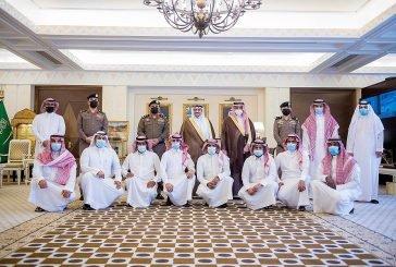 الأمير فيصل بن مشعل يكرم فريق العمل المشارك من شرطة القصيم في الكشف عن قضايا أمنية مهمة