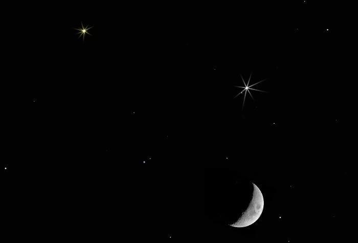 """""""فلكية جدة"""": مشاهدة اقتران القمر بزحل والمشتري مساء اليوم بالعين المجردة"""