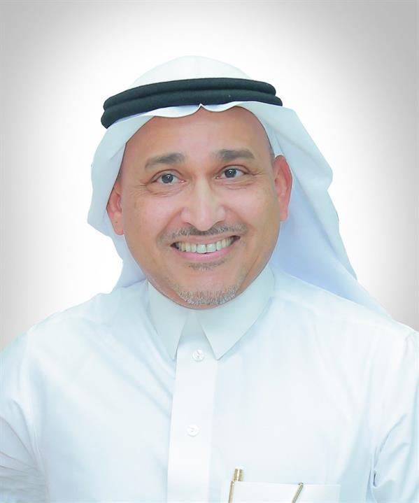 """رئيس """"شركة المياه"""" ينال جائزة التميز الحكومي العربي كأفضل مدير عام لهيئة أو مؤسسة حكومية"""