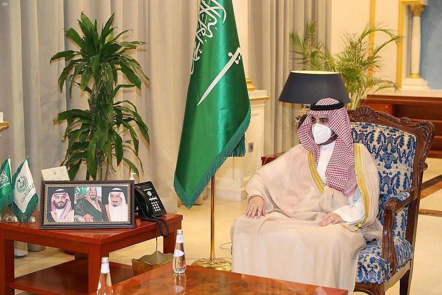 أمير منطقة الجوف يستقبل قيادات عسكرية ومدنية معينين حديثاً
