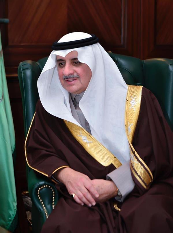 أمير منطقة تبوك: صندوق الاستثمارات يخطو خطوات متسارعة للأخذ بالاقتصاد السعودي إلى آفاق بعيدة