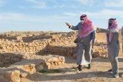 أمير الحدود الشمالية يتفقد المواقع الأثرية في قرية زُبَالا التاريخية والجميمة الأثري