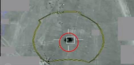 """لحظة تدمير التحالف منظومة دفاع جوي """"سام-٦"""" لميليشيا الحوثي في مأرب"""