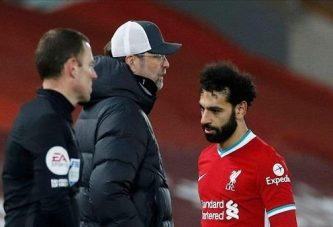وكيل محمد صلاح يثير التكهنات حول مستقبله مع ليفربول بتغريدة غامضة