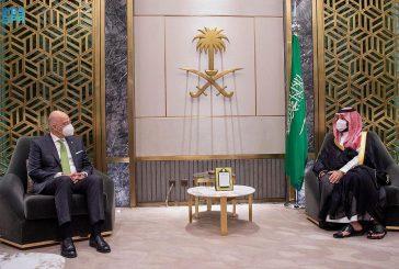 ولي العهد ووزير خارجية اليونان يستعرضان العلاقات الثنائية وأوجه التعاون المشترك