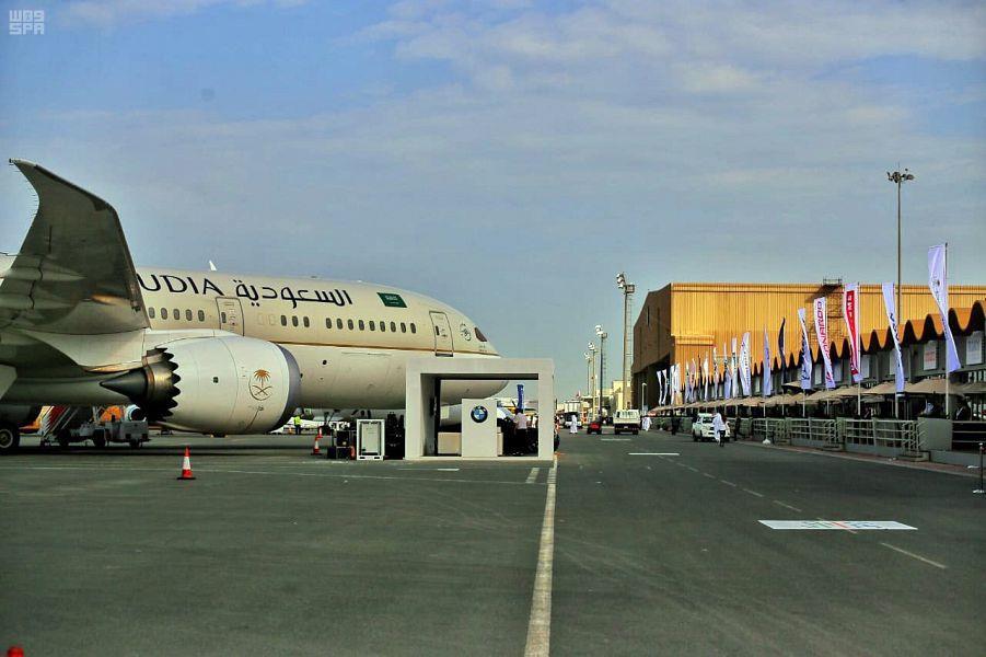 """""""الخطوط السعودية"""" توقع مع إحدى شركات إنتاج التنظيف لتعقيم الرحلات الجوية وتوعية المسافرين"""