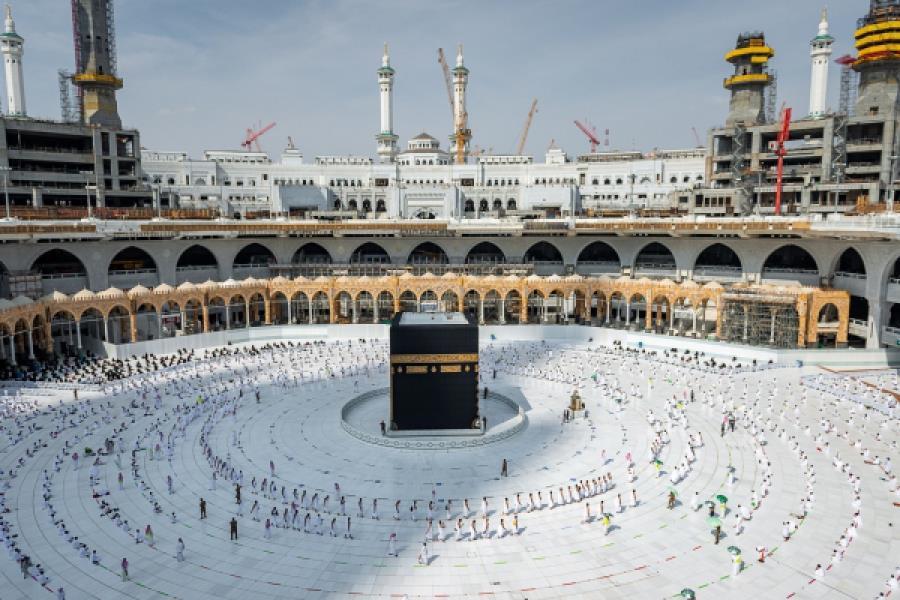 """""""رئاسة الحرمين"""": تفويج 1.5 مليون معتمر ومصلٍّ خلال الأيام العشر الأولى من رمضان"""