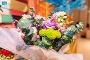 انتعاش بيع الورود في تبوك بموسم العيد عكس تميز المنطقة بإنتاجها