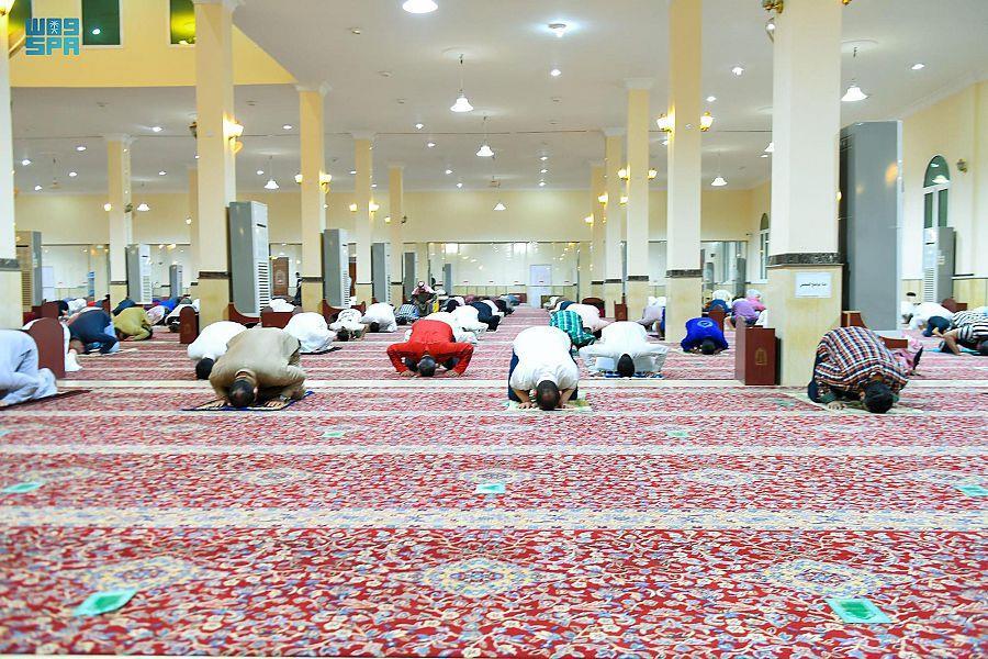 """""""الشؤون الإسلامية"""" تجدد التنبيه بعدم إقامة صلاة التهجد منفصلة عن التراويح"""