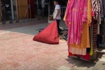 تقرير يسلط الضوء على مخالفات سوق الملابس المستعملة بجدة بؤرة لانتقال العدوى