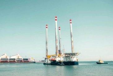 ميناء الجبيل الصناعي يستقبل عدداً من القطع البحرية والبارجات لصيانتها