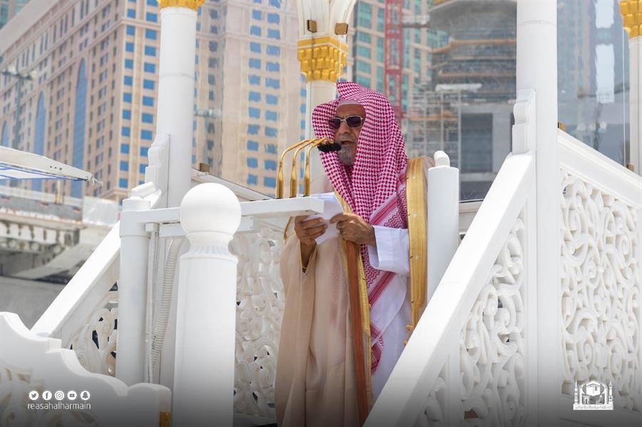 التوبة وفضل سورة الكوثر محور خطبة الجمعة في المسجد النبوي والمسجد الحرام