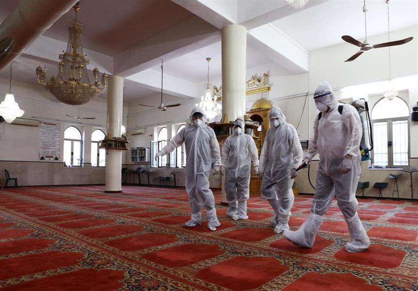 """""""الشؤون الإسلامية"""" تعيد افتتاح 8 مساجد بعد تعقيمها في 6 مناطق"""