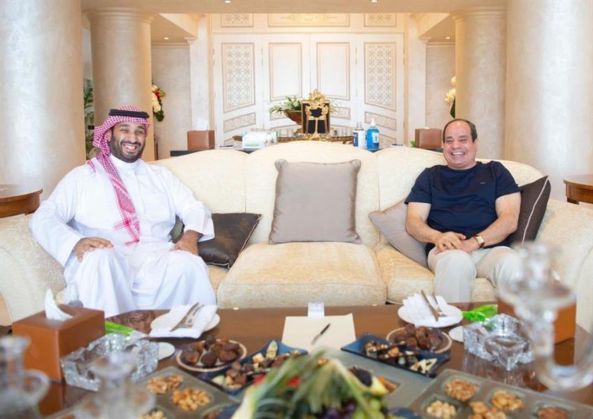 لقاء يجمع الأمير محمد بن سلمان والرئيس السيسي في شرم الشيخ