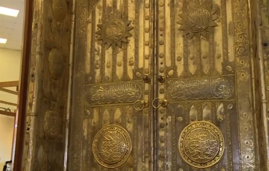 معرض عمارة الحرمين يحتضن باب الكعبة المُشرفة عمره 79 عاماً