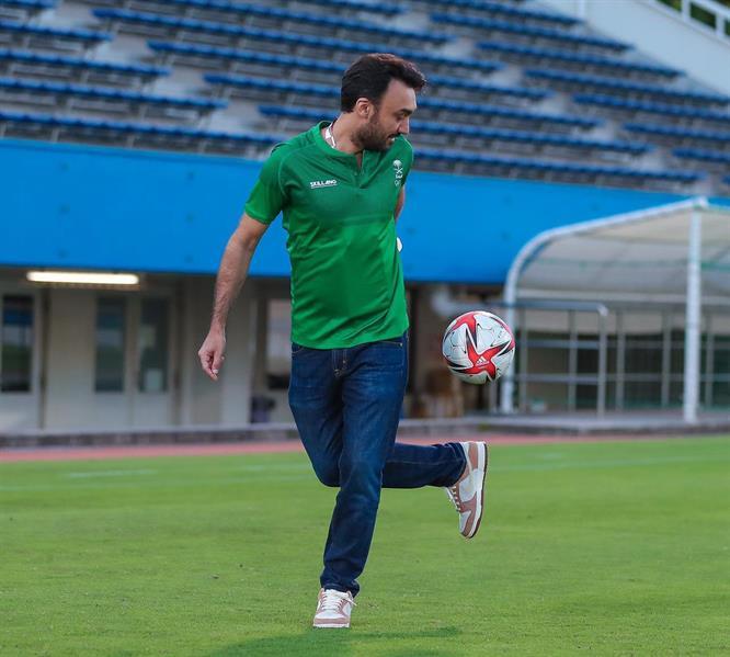 """وزير الرياضة يشارك في مران """"الأخضر الأولمبي"""" ويوجه رسالة قبل مواجهة ساحل العاج"""
