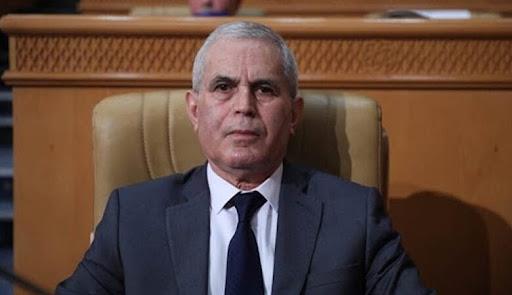 الرئيس التونسي يعفي وزيري الدفاع والعدل من منصبيهما