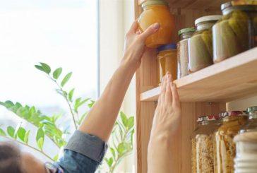 متخصص بالكيمياء يوضح أخطاء في تخزين الطعام وتحميص القهوة تؤدي إلى الإصابة بالسرطان