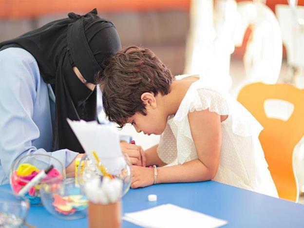 """""""التعليم"""" تعتمد الخطط الدراسية لذوي طيف التوحد"""