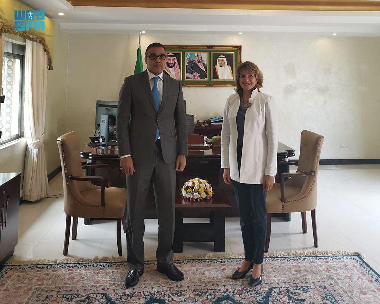 سفير المملكة لدى كينيا يلتقي ممثلة برنامج الأغذية العالمي