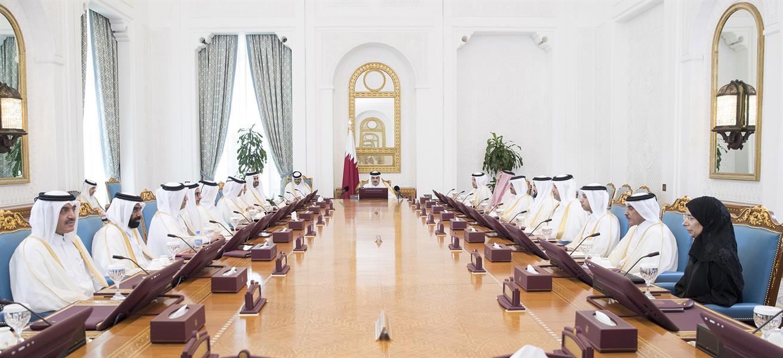 قطر تُخفض ساعات العمل بدوام جزئي إلى النصف أسبوعياً
